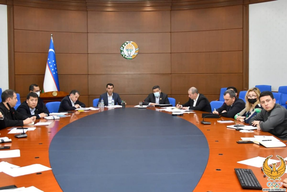 The activities of foreign trainers working in Uzbekistan discussed.