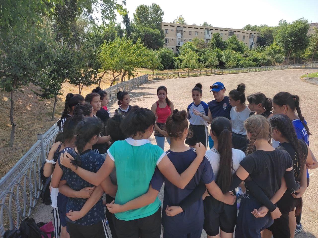 УТС команды девушек стартовали в Ташкенте